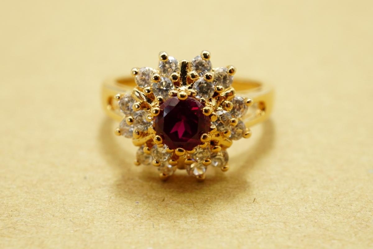 17 ルビー ヴィンテージリング 指輪 ペンダント アクセサリー 大量 おまとめ まとめて まとめ売り 宝石 色石 カラーストーン ネックレス_画像2