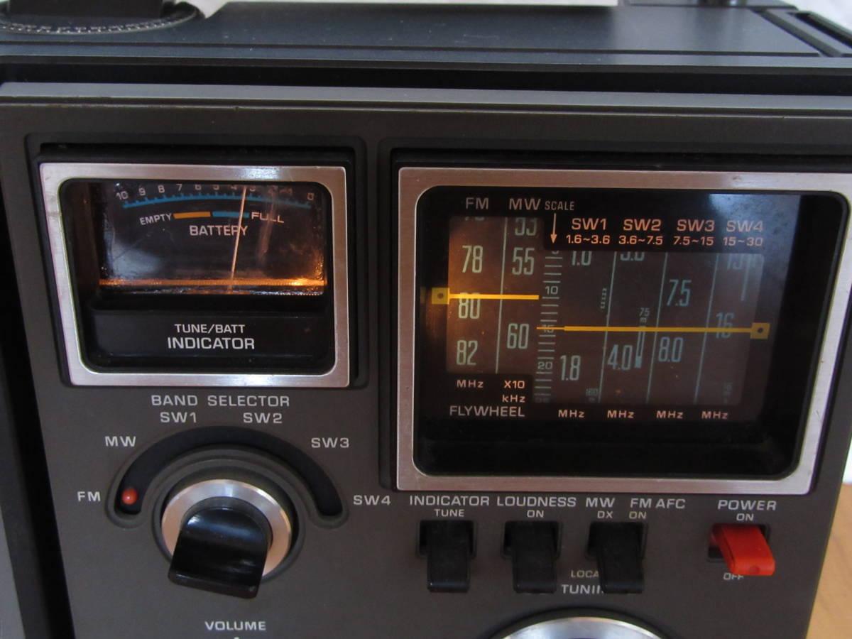 (送料無料)◆昭和レトロ National Panasonic RF-1180 ナショナル クーガー 6バンド BCLラジオ(ジャンク品扱い)◆_画像3