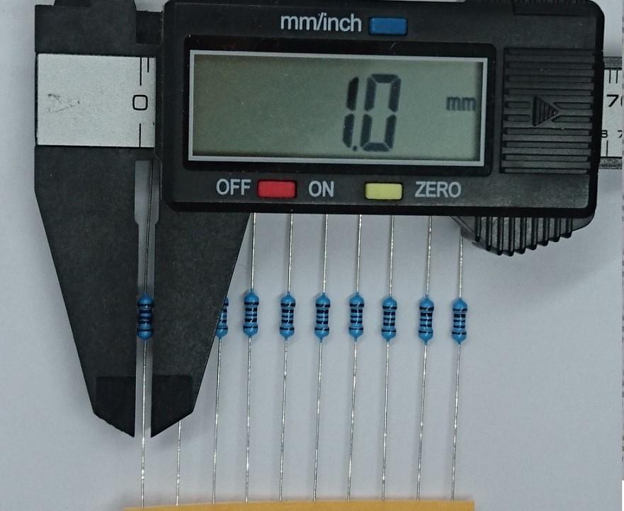 金属皮膜抵抗 3k3Ω(1/4W ±1%)10本テープ品_画像2