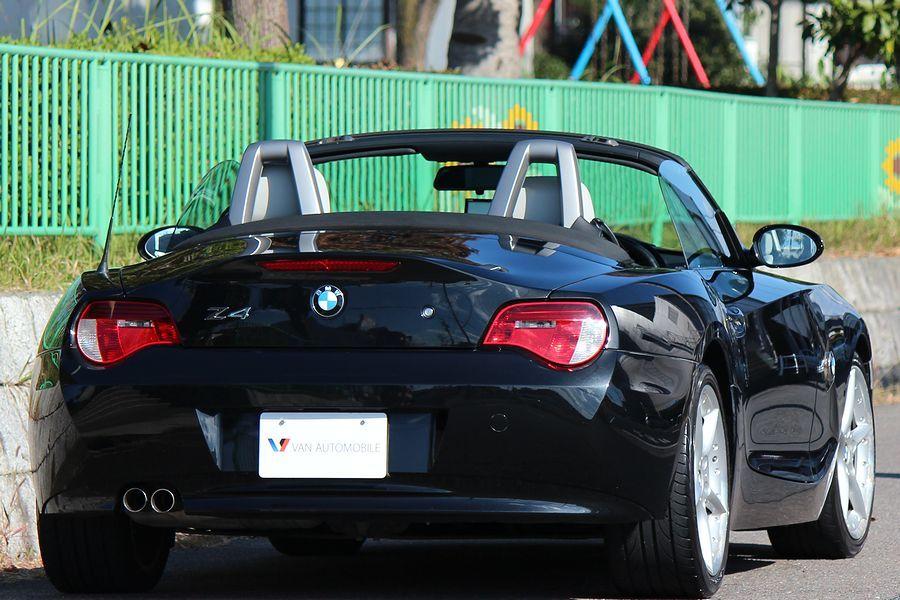 【電動オープン良好/後期型】E85/06y/BMW Z4 ロードスター2.5i/白レザー/18インチAW/外ナビ/TV/HID/6速AT/スペアキー/内外美車_06y E85 BMW Z4 ロードスター 2.5i