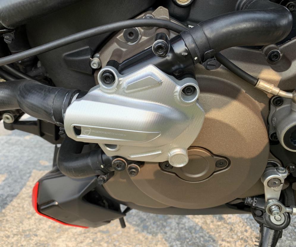 ドゥカティ モンスター1200 ETC付き 2018年9月にドゥカティ正規ディーラーより中古車として購入したバイク_画像8