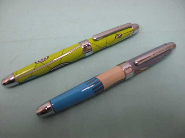 ACME ボールペン2本セット(173)アクメ ボールペン 長さ13.6cm 幅14.4mm ケース付  文房具  筆記用具 _画像2