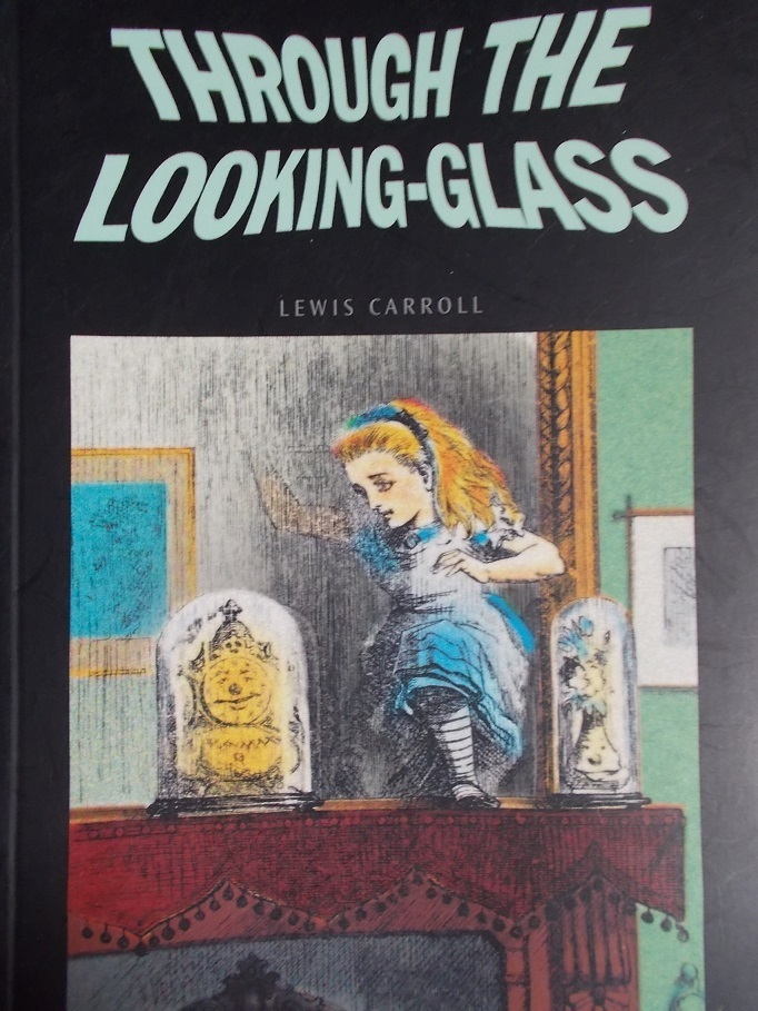 Американские комиксы, издаваемые за рубежом THROUGH THE LOOKING GLASS  Lewis Carroll OXFORD