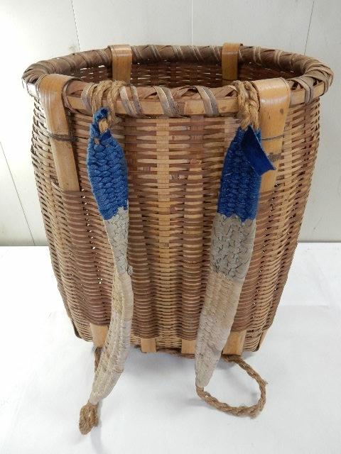 竹製 籐製? 背負い籠 中古 (43×37×50cm) 古民具 農家 農作業 カゴ 大型 レトロ