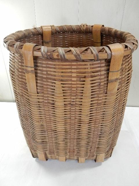 竹製 籐製? 背負い籠 中古 (43×37×50cm) 古民具 農家 農作業 カゴ 大型 レトロ_画像3