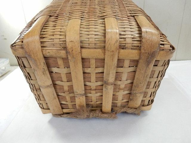 竹製 籐製? 背負い籠 中古 (43×37×50cm) 古民具 農家 農作業 カゴ 大型 レトロ_画像4