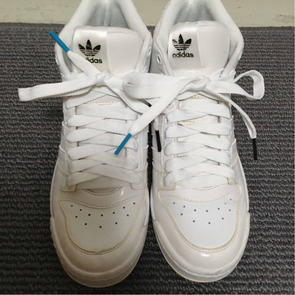 【極美品】adidas ハイカットスニーカー 白 23.5 アディダス_画像5