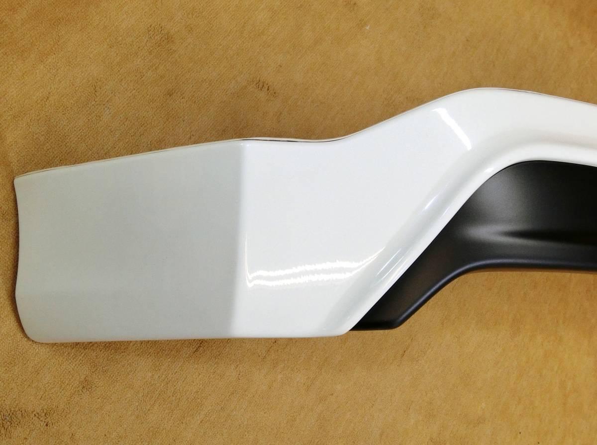 ◎モデリスタ 30 プリウス 前期 後期 リアスポイラー ホワイトパール 070 新車外し 極美品_画像2