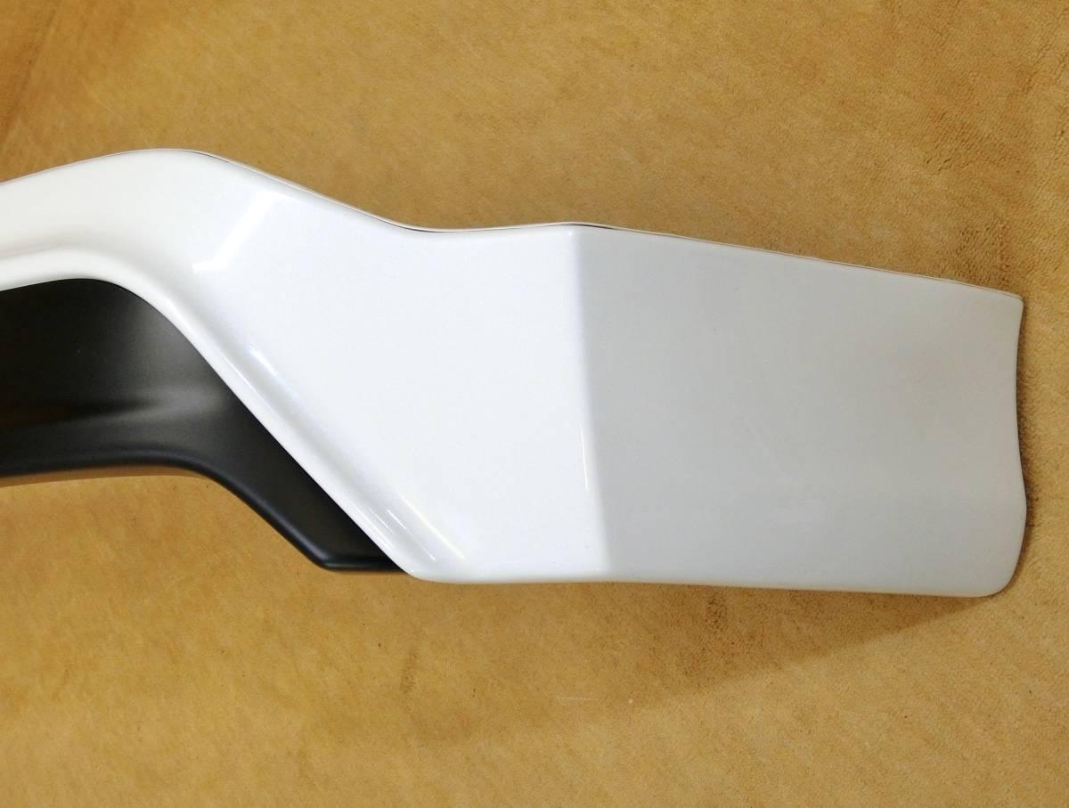 ◎モデリスタ 30 プリウス 前期 後期 リアスポイラー ホワイトパール 070 新車外し 極美品_画像3