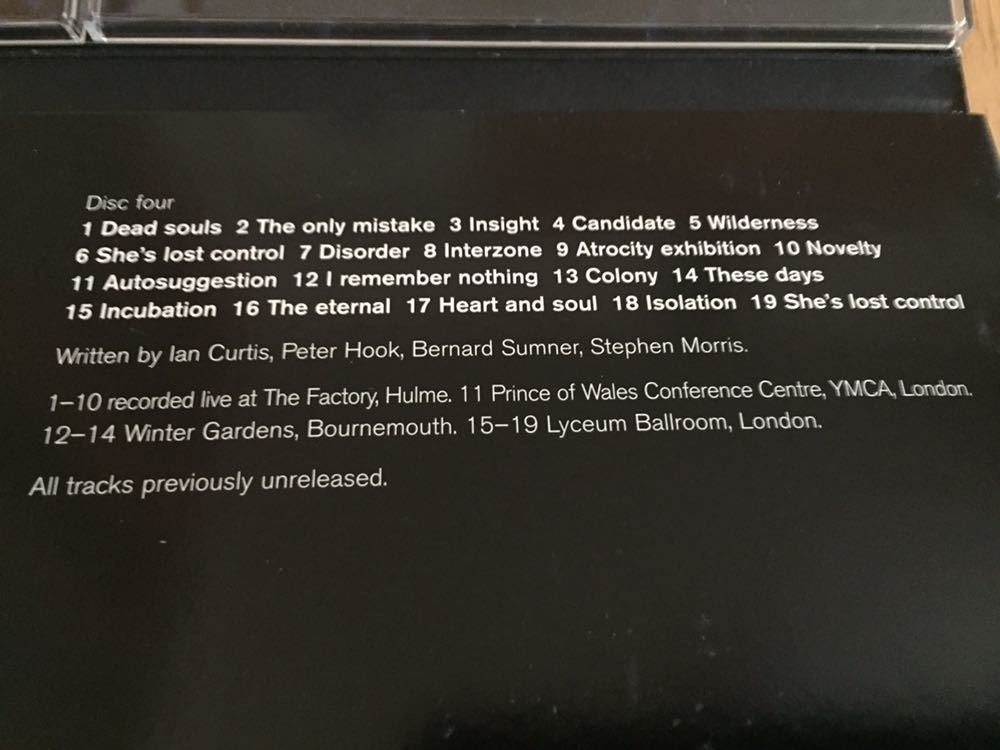 NEW ORDER 前身バンド Joy Division 4枚組 BOX SET Heart and Soul イアン・カーティス 貴重 12インチヴァージョン 未発表曲 ライブ音源_画像7
