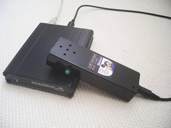 HRI-200に付属の10P-6Pケーブルで接続