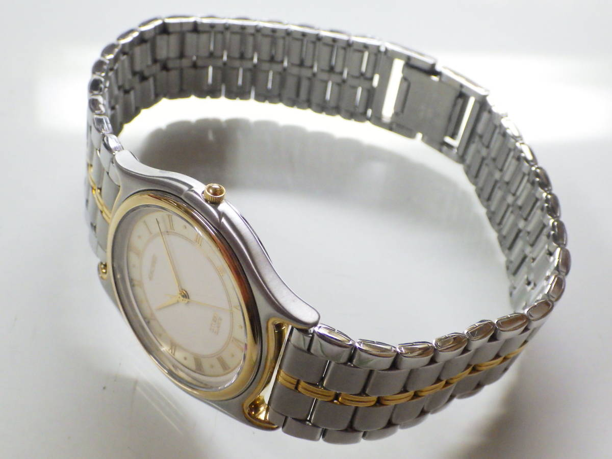 シチズン エクシード OH済み。メンズ・男性用クォーツ腕時計。EAA74-8626。_画像6