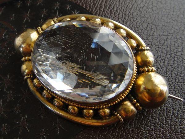 アンティーク 天然大粒水晶! 19世紀 ヴィクトリアン ロッククリスタルのブローチ 大型水晶 私物より イギリス購入品 本物保証_画像3