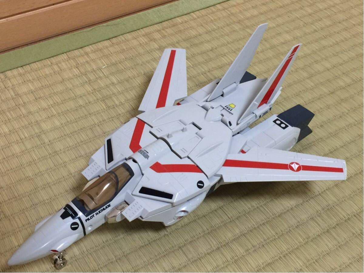 バンダイ 1/55 超時空要塞マクロス バルキリー VF-1J 一条 輝専用タイプ タカトクトイス_画像6