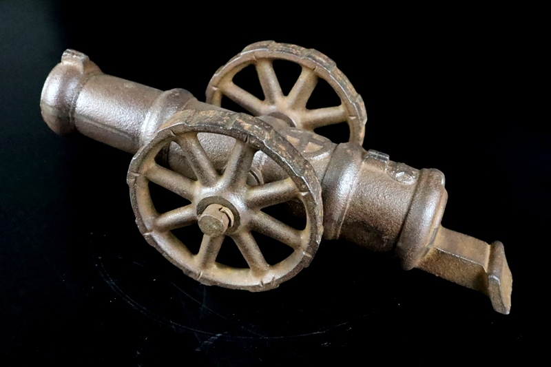 鉄製大型 大砲 丸に十字 薩摩島津紋 4.5kg 車輪付砲台 コレクター放出品_画像10
