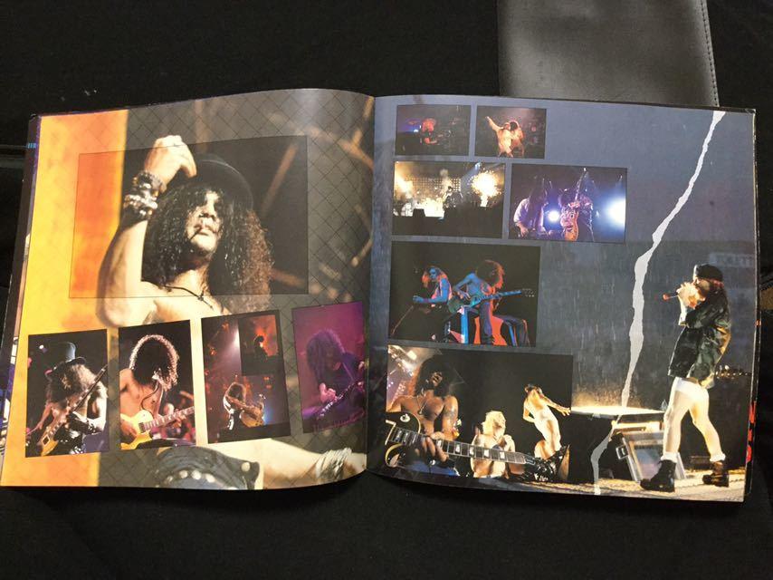 GUNS N' ROSES ガンズ アンド ローゼズ パンフレット パンフ 日本公演ツアー Axl Rose アクセルローズ Slash スラッシュ Duff Mckagen_画像2