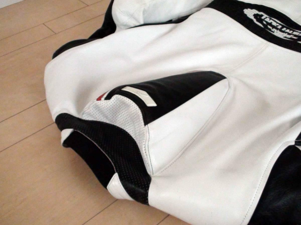 レーシングスーツ KUSHITANI クシタニ サイズLL/XL ホワイト/ブラック MFJ公認 K-0065XX GLIDE SUIT 一度のみ使用の美品_画像4