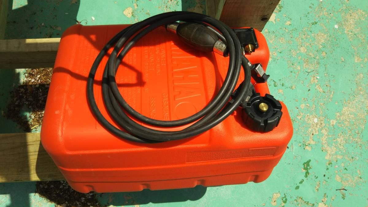 ヤマハ 4サイクル 15馬力 船外機 ホース タンク 水洗プラグ セット 展示品 試運転のみ_画像10