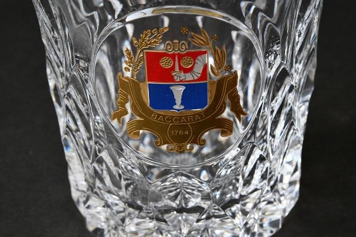 【美品】Baccarat/バカラ バカラ誕生 225周年記念 特別記念作品 金彩紋章ロックグラス ③_画像3