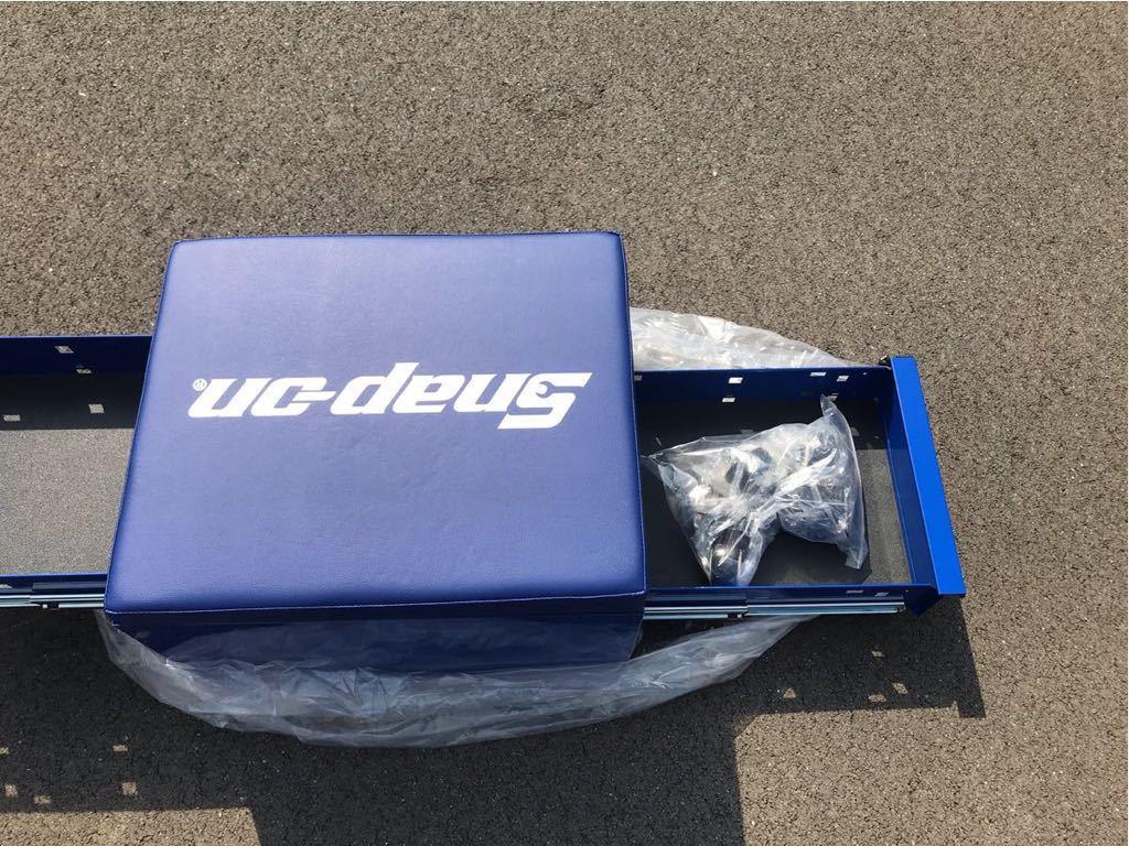 新品未使用 スナップオン JCSCBLBL フラット シート クリーパー ブルー キャスター付き 工具箱 snapon _画像8