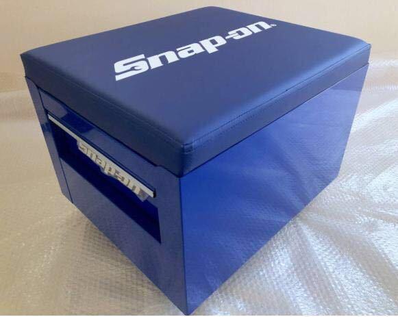 新品未使用 スナップオン JCSCBLBL フラット シート クリーパー ブルー キャスター付き 工具箱 snapon _画像2