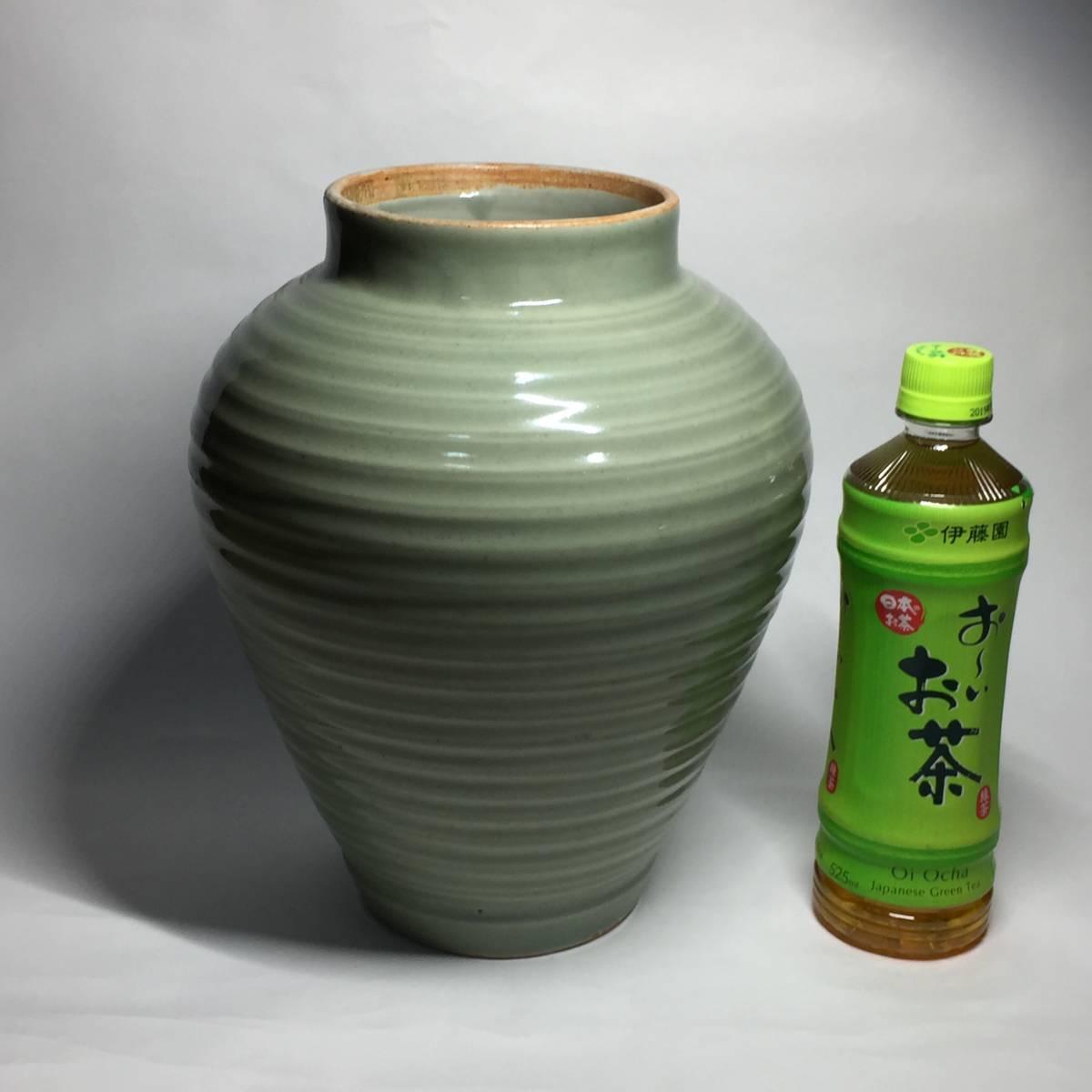 古伊万里 青磁立壺 沈香壺 輪線・鎬文_画像10