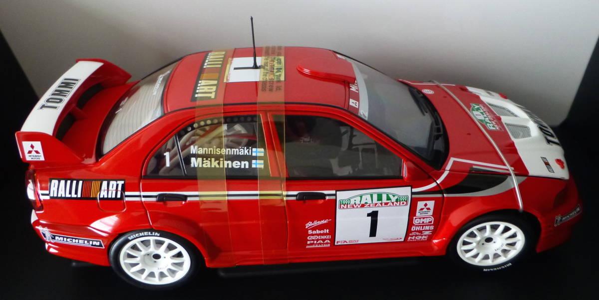 オートアート 1/18 三菱 ランサーエボリューション VI WRC 1999 #1 トミ・マキネン ラリーニュージーランド優勝車 _画像4