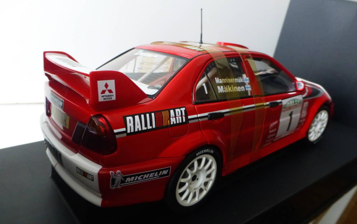 オートアート 1/18 三菱 ランサーエボリューション VI WRC 1999 #1 トミ・マキネン ラリーニュージーランド優勝車 _画像3