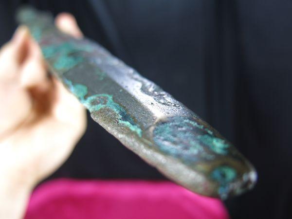 A 古代青銅剣 中国  戦国~漢時代 紀元前 遺跡発掘品 副葬品 明器 埋蔵文化財_画像6