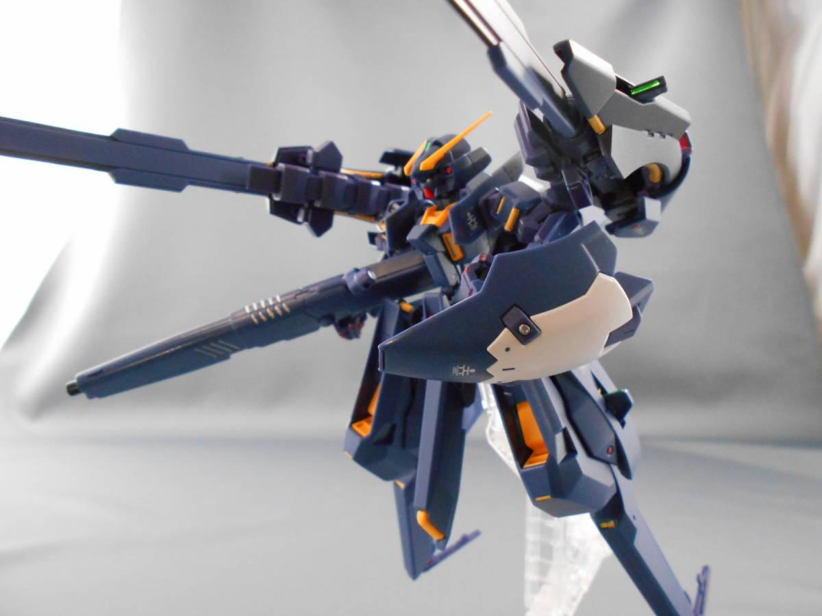 プレバン限定 HG 1/144 ガンダムTR-6[ヘイズルⅡ] 塗装済み完成品・成形色フィニッシュ 即決