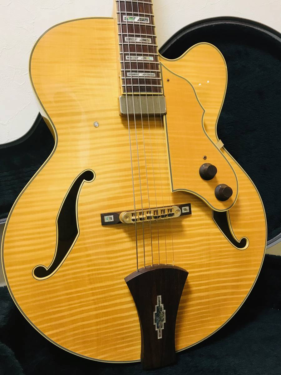 【sk063p54】■Ibanez アイバニーズ フルアコ AF105F-NT-12-01・美品 ギター_画像2