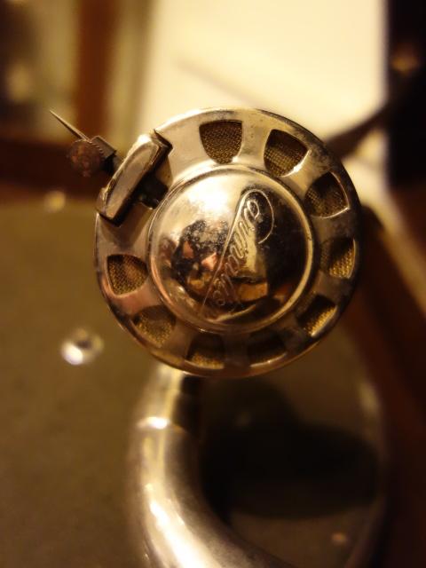 【骨董】アンティーク*昭和レトロ*五輪柄のユニークな蓄音機*蓄音器_画像6