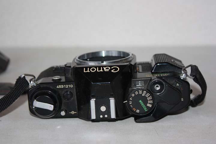 ★歴史あるカメラ屋さん整理品★Canon AE-1 A35 Datelux ML フィルムカメラ三台まとめて 詳細不明 ジャンク 最落なし MA128_画像3