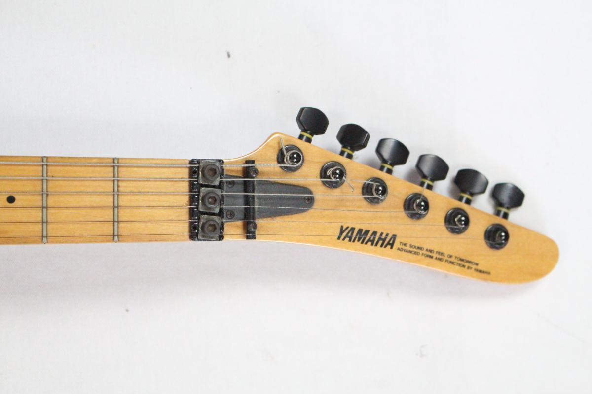 14EOA《YAMAHA》弦楽器 ブラック×ピンク バンド ライブ 音楽 演奏 MADE IN JAPAN エレキ ギター ベース モデル名 詳細不明