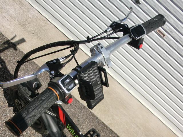 ①スタ 売り切り  アクセル付き 14インチ折り畳み電動自転車 試乗展示車 黒 _画像7