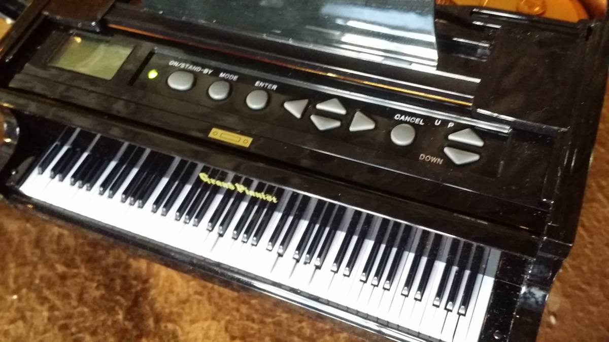 【セガトイズ グランドピアニスト プラス】SEGATOYS Grand Pianist plus 箱付(自動演奏 音楽プレーヤー ミニピアノ)_画像3