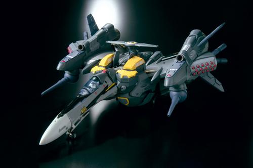 【未開封新品】 DX超合金 VF-25S アーマードメサイアバルキリー(オズマ・リー機)_画像3