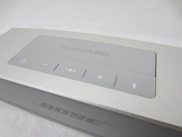 BOSE ボーズ 【SoundLink MiniⅡ】 サウンドリンクミニ2 Bluetoothスピーカー 音出し確認済 中古品 シルバー 説明書あり_画像3