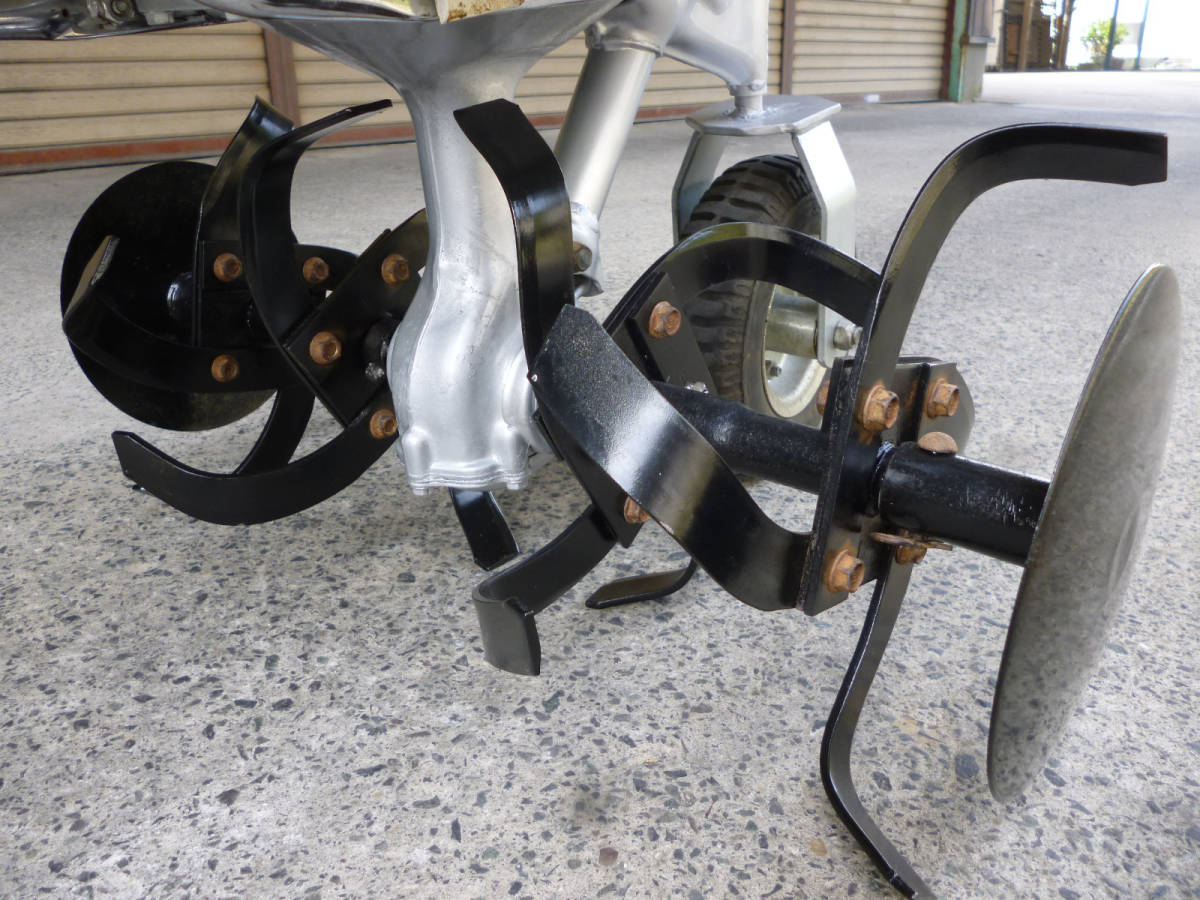 ホンダ管理機 こまめ F210 耕うん爪新品  移動車輪 抵抗棒付き。_画像3
