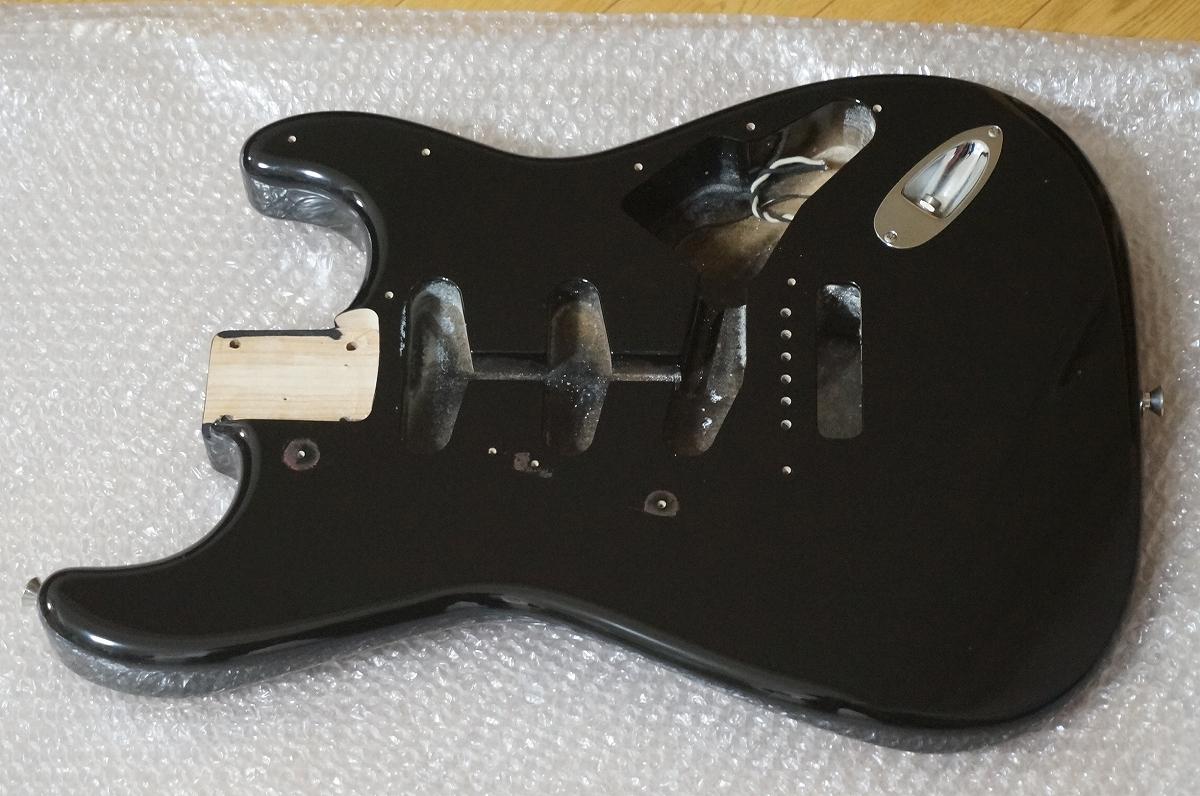 Fender ストラト アルダー ボディ ブラック 美品 _画像3