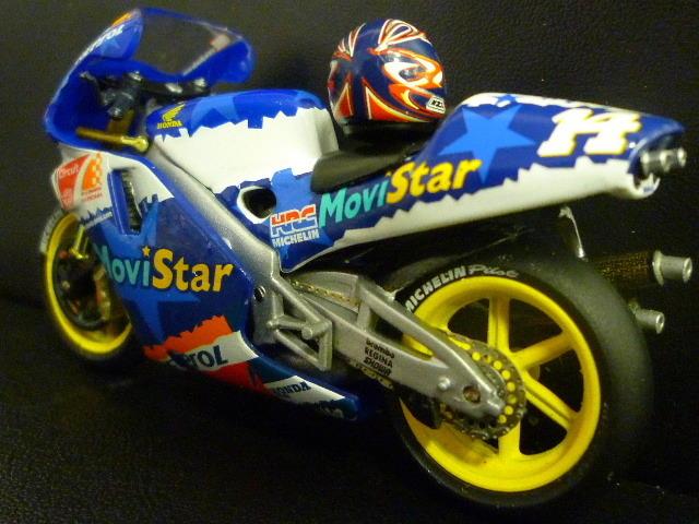 1/24 レプソル モヴィスター ホンダ NSR500 MoviStar REPSOL HONDA NSR #14 1999  ★Juan Borja ヘルメット付き_画像3