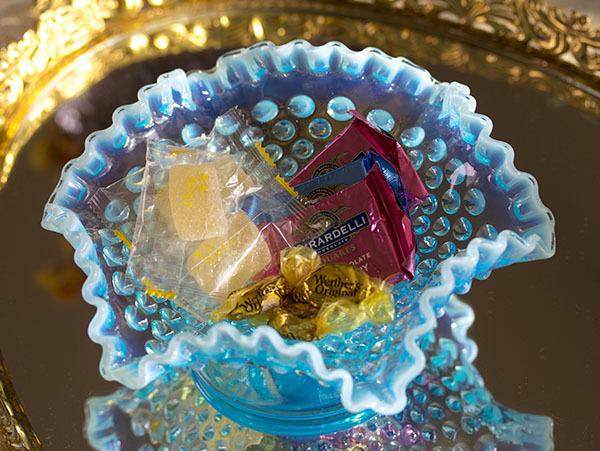 ブルーフェントン ホブネイル オパールセント 乳白色 フルーツボウル 菓子器 ディスプレイ ビンテージ アンティーク アメリカ キャンディ_画像7