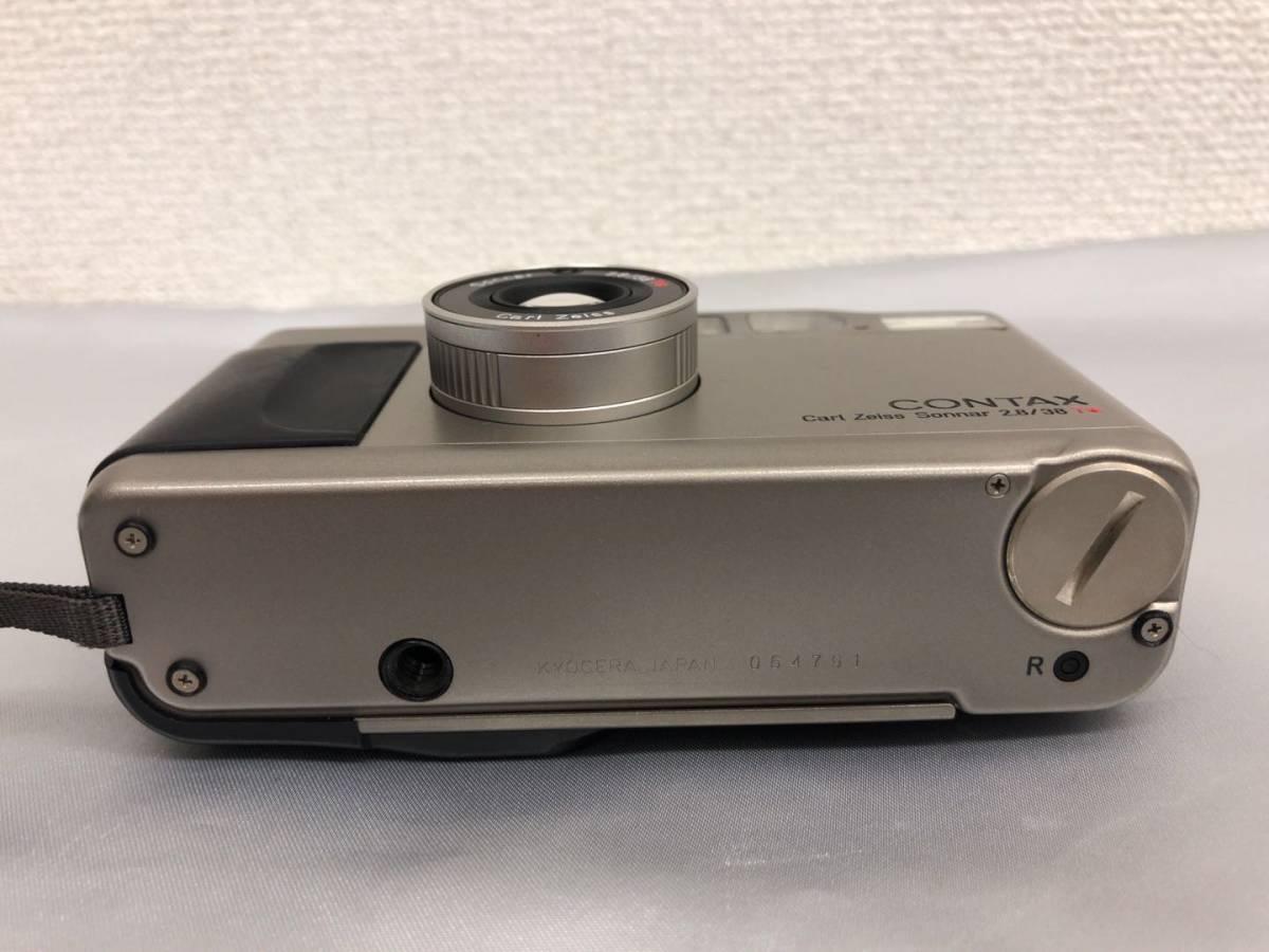 コンタックス CONTAX T2 Carl Zeiss Sonnar 38mm F2.8 T* コンパクトフィルムカメラ ストラップ・収納ケース付き【中古・現状品】_画像9