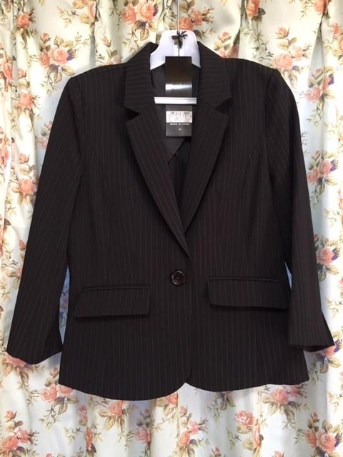 7933 パンツスカート3点セット 七分袖スーツ 11号 オフィス ビジネススーツ セレモニー アウトレット商品 新品(BK/S)