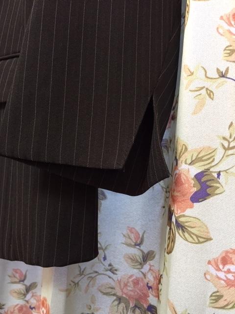 7933 パンツスカート3点セット 七分袖スーツ 11号 オフィス ビジネススーツ セレモニー アウトレット商品 新品(BK/S)_画像3