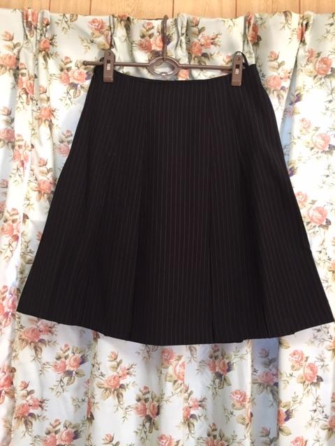 7933 パンツスカート3点セット 七分袖スーツ 11号 オフィス ビジネススーツ セレモニー アウトレット商品 新品(BK/S)_画像6