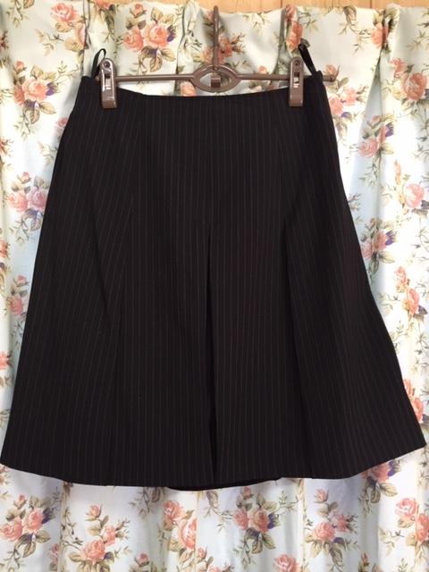 7933 パンツスカート3点セット 七分袖スーツ 11号 オフィス ビジネススーツ セレモニー アウトレット商品 新品(BK/S)_画像7