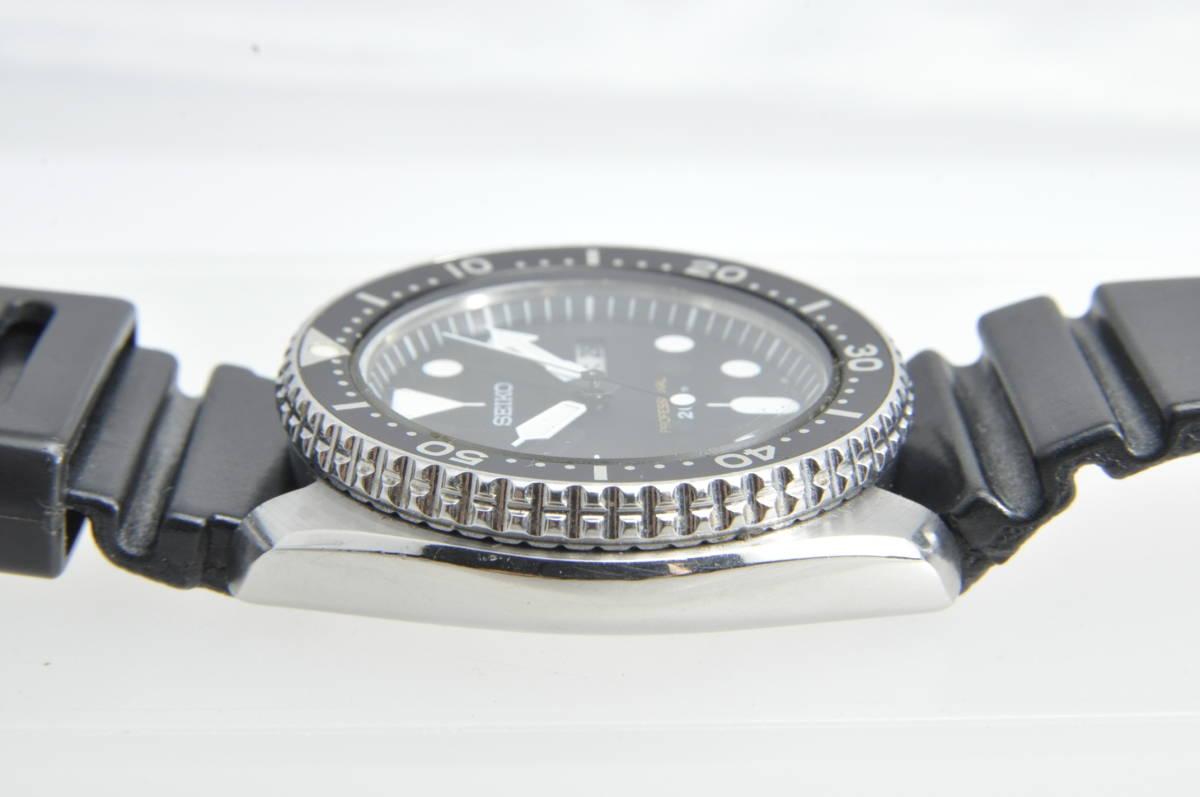 #3597 SEIKO 7C43-7010 Professinal 200M セイコー クォーツ プロフェッショナル 腕時計 42mm_画像3