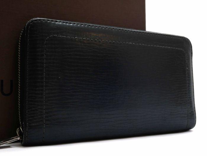 【極美品】ルイヴィトン Louis Vuitton ユタ ジッピーオーガナイザー 長財布 レザー 希少 メンズ 定価約13万円