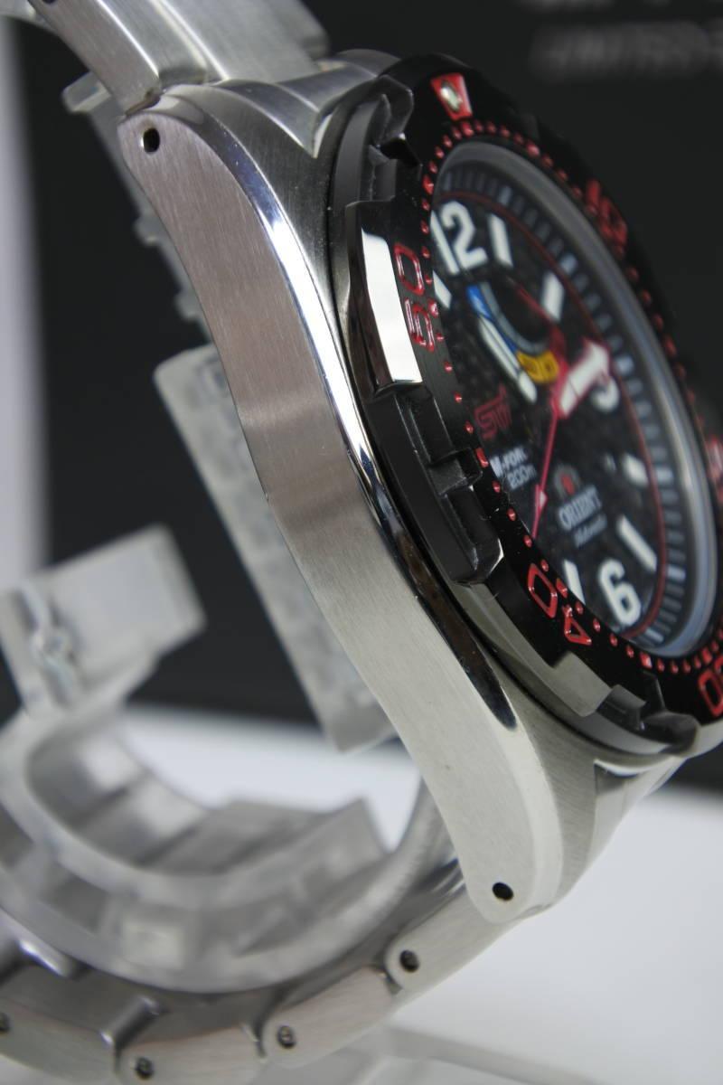 世界限定2,000本日本限定300本 オリエント M-FORCE × STI 24時間耐久レース優勝記念限定モデル 自動巻紳士腕時計 数回使用品 美品_画像6